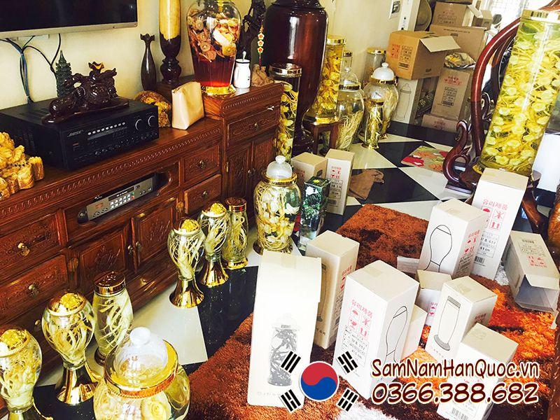 Góc ngâm rượu sâm Hàn Quốc tại cửa hàng Sâm Nấm Hàn Quốc